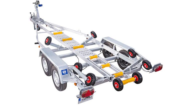 "Båt & trailer 1800 BT 208 (""Parker"")"