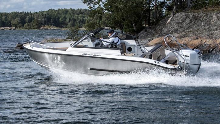 Provkörning av båtar på Marindepån Dalarö